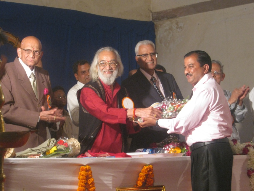 Best Institute Award at the hands of Hon. Babasaheb Purandare, a Historian, Writer, Fictional Novelist.